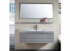 环保新选择 多层实木板浴室柜优缺点