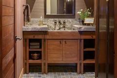 八一八美国红橡浴室柜的优缺点 你不知道的红橡木浴室柜