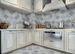 厨房瓷砖选什么颜色 实用搭配两不误