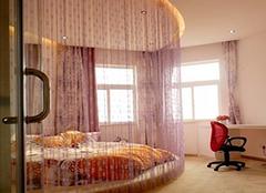 安装电动窗帘注意什么 华丽高贵有温馨