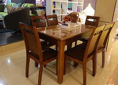 双虎实木餐桌的优缺点 让你吃出温馨感