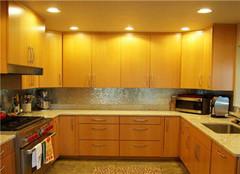 新房装修时厨房灯具如何安装 老师傅为你支招
