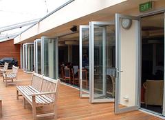 铝合金折叠门优势解析 让家居更添风景