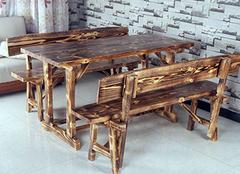 火烧木餐桌椅的选择技巧 选材法宝