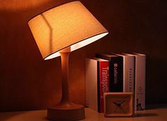 怎么挑选卧室床头灯 买者分享五个妙招