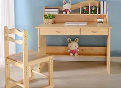 儿童书桌挑选的技巧 让孩子快乐学习