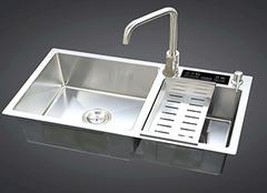 厨房水槽选购方法 同样选的不亦乐乎