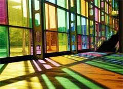 贴玻璃隔热膜or挂窗帘? 夏季窗户隔热比一比就知道