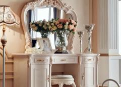 学会梳妆台的选购技巧 让你的房间靓起来