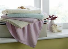 婴儿浴巾材质解析 给宝宝最暖心的呵护