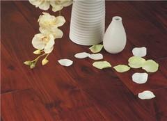 地板上的划痕怎么办 去除划痕的方法有哪些呢