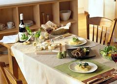 谨记家庭餐桌挑选的注意事项 让用餐更开心