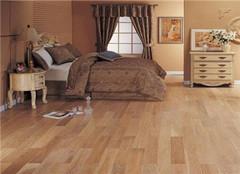  卧室地板怎么搭配好 多方面考虑才最好