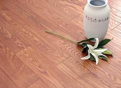 导致实木地板开裂原因 了解透彻才可防患于未然