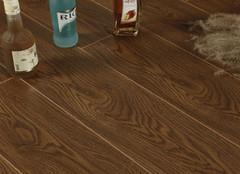 复合木地板清洗方法 让霉菌远离你家地板