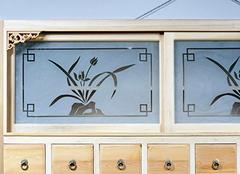 喷花玻璃的优缺点分析 家居装饰新潮流