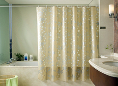 卫生间浴帘布选购小技巧 打造浴室更靓丽