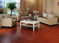 实木地板漆膜保养方法 值得收藏