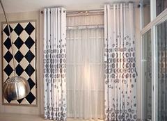 卧室窗帘哪种样式好 你一定要看看