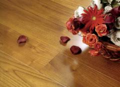 PVC地板与亚麻地板的区别 四个方面体现差别