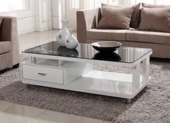 客厅玻璃茶几怎么挑选能使家居变更美