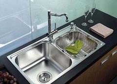 厨房水槽边缘漏水怎么办 专业师傅教你2招
