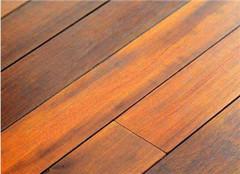  木地板怎么铺才算好 这几点要注意