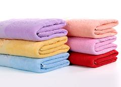 毛巾发黑有哪些解决办法 轻松解决毛巾发黑问题