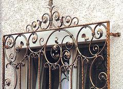 要安全也要好看 铁艺防盗窗的优缺点有哪些