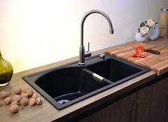 要如何选购厨房水槽 切勿盲目选择