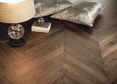 怎样清洁复合地板呢 复合地板的清洁方法有哪些