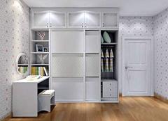 衣柜定制好还是木工现做好,听听专业人士怎么说的