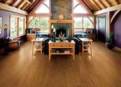 怎么挑选好的实木地板呢 这四点是关键