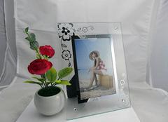 玻璃相框类型解析 给家居添点色彩