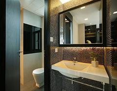 家庭卫浴间改造 打造舒适的隐私空间