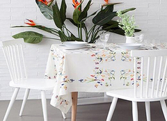 家用餐桌布材质详解 让进餐更舒适
