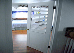 如何购买到高品质实木复合门 把品质生活带回家