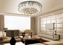 客厅怎么样选择水晶灯 三步教会你
