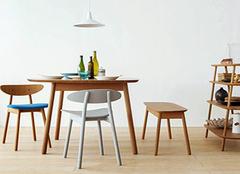 木制家具和皮艺家具哪种更适合我们的家居生活