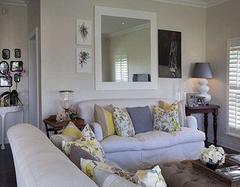 沙发背景墙装饰优点多 营造家庭温馨