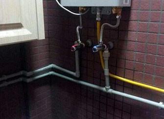 卫生间水管铺设方式详解 条理清晰很重要