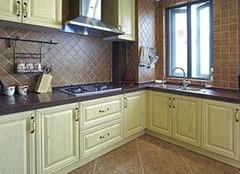 厨房墙壁瓷砖买哪种好 厨房也能美翻天