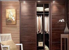 影响衣柜推拉门价格的因素大揭秘
