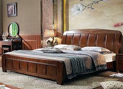 如何为自己选购双人床 材质尺寸很重要