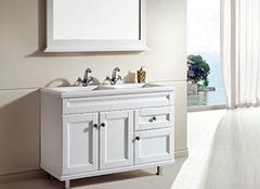 浴室柜应该怎么安装 会和不会的区别