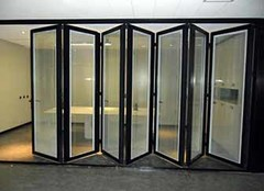 铝合金折叠门好不好 防火防潮全靠它