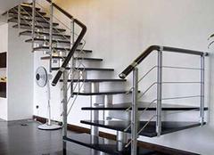 家居楼梯知识小科普 巧用楼梯丰富空间