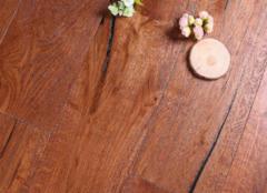 冬季怎么保养实木地板才好 这三点至关重要