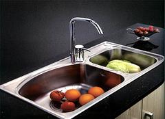 选购水槽要注重哪些要点 让厨房更亮丽