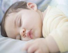 孩子皮肤娇嫩 怎么挑选婴儿被是门必修课